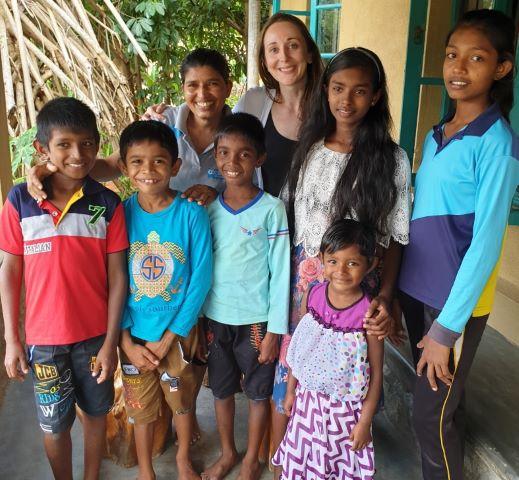 hilfsprojekt von anja kainz und sri-tours in sri lanka